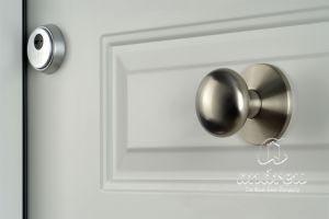 porta metàl·lica batent residencial versate andreu