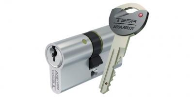 accesorio cilindro TESA TK6 puerta metalica batiente andreu