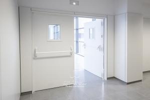 hospital lalinea mirilla puerta metalica cortafuegos andreu 170331