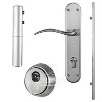 puerta metalica batiente residencial accesorios andreu