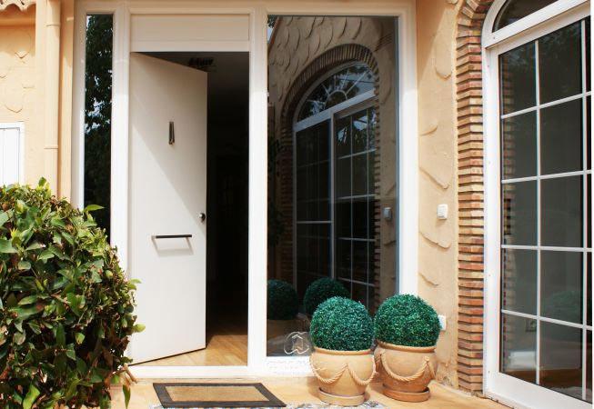 viviendas valencia puerta metalica batiente residencial andreu