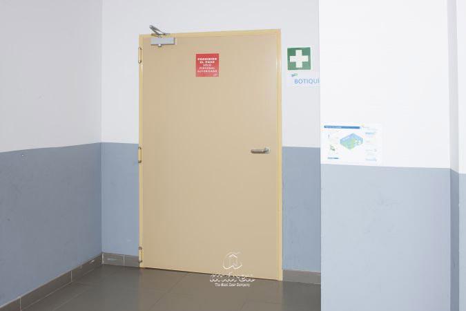 complejo deportivo cazorla asturias puerta metalica batiente cortafuegos andreu