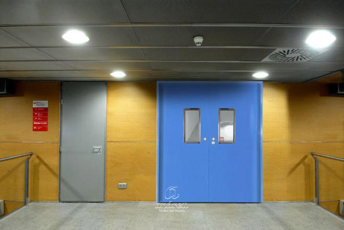 Metallic doors  Model Office Slide multipurpose sliding metal doors model. Andreu doors