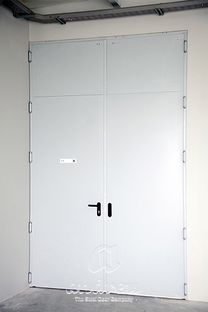 clinica veterinaria cebiovet lugo puerta metalica batiente multiusos andreu