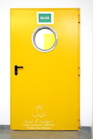 hospital infanta leonor madrid puerta metalica batiente cortafuegos andreu