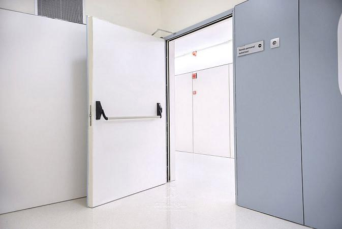 hospital san joan de deu barcelona puerta metalica batiente cortafuegos andreu