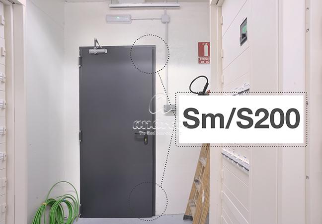 kit control humos Sm S200 humo caliente puerta metálica batiente cortafuegos andreu