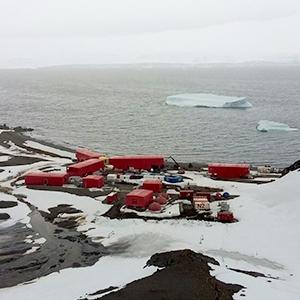 Andreu present in the Spanish Antarctic Base Juan Carlos I
